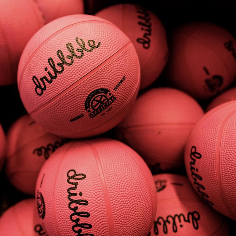 Hangtime basketballs