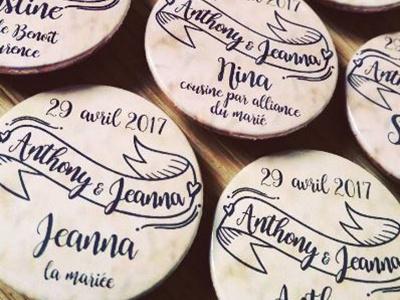 Anthony & Jeanna pins badge wedding rennes print mariage illustration édition