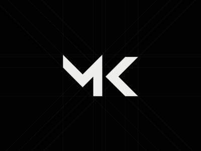 Matt Komo Logo