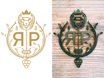 Family Crest sewing grapes icon pictogram lion realistic wood family metal crest logo