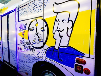 Live drawing on a bus medecine drawings live drawing marker handmade typography illustrations design drawing illustration art dinksy graphic