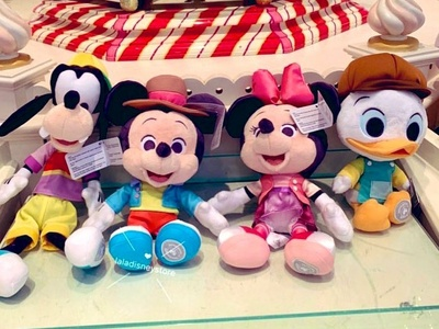 Let's Craft - Hong Kong Disneyland