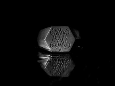 Wedding Ring saigon monogram crest wedding ring