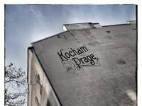 Kochamprage mural