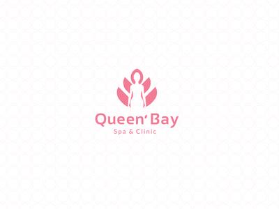Queen' Bay Logo