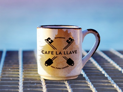 Cafe La Llave miami cubano cafe cuban coffee vintage mug coffee type logotype logo