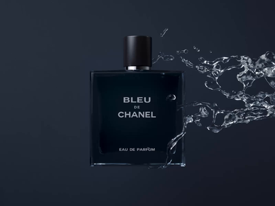 Chanel — Ident cinema 4d fashion brand digital luxury branding cinema4d c4d fragrance beauty fashion art direction cgi 3d animation 3d