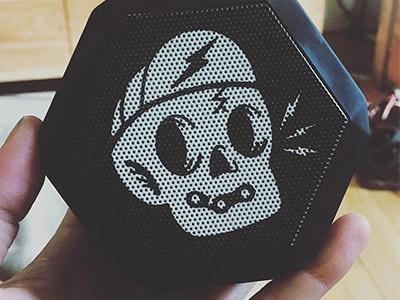 Fuerza Cycling speaker! lightning flat vector design illustration icon punk cute speaker skull