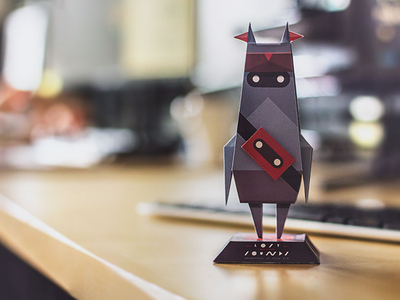 Poco Eco Papercraft paper. lowpoly toys statue sekond pocoecogame paper toy papercraft indie freebie free fold designer toy