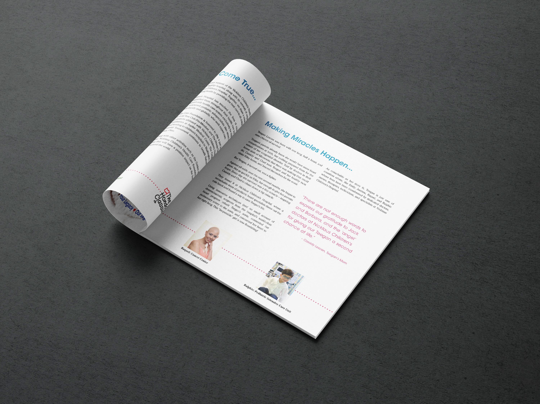 Square brochure mockup 1 2