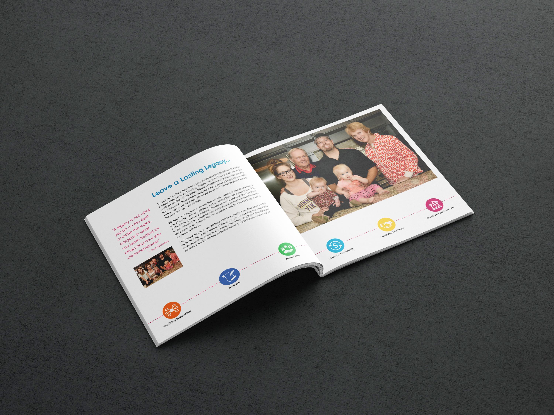 Square brochure mockup 5 6