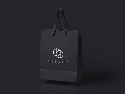 Q - BEAUTY Paper Bag