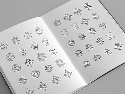 Immutable logo draft sketches letter i star wire stone chrystal publisher portal tech hexagon geometry esport cybersport crypto circuit gaming blockchain sketches pencil branding logo
