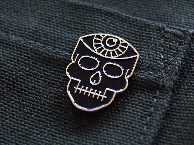 Skull Pin spooky canada ottawa lapel pin pin eye skull