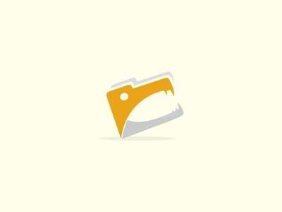 Alligator Folder