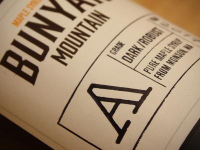 Bunyan Mountain bottle close up