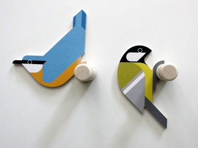 Nuthatch & Great Tit wooden wall hooks geometric 45degrees geometric design dutch design vector cnc wallhooks walldecoration walldecor wooden wood bird vogels birds boomklever koolmees great tit nuthatch