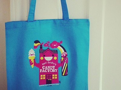 Aunt Sandra's T-shirt & Tote Bag Illustration t-shirt tote tshirt illustration custom bespoke pink chocolate fudge candy sweets belfast icecream rock