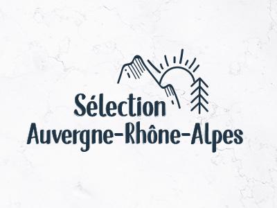 Sélection Auvergne Rhône-Alpes typo icotype logotype nature soleil sapin montagne logo