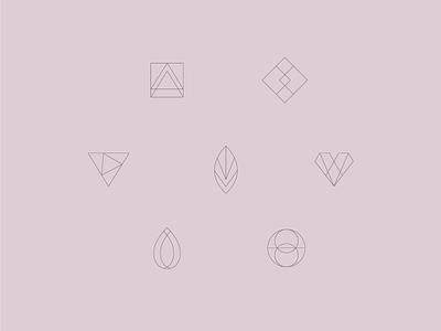 7 Chakras new age design modern delicate geometic japa chakra icons