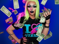 I Tip Queens T-Shirt (March 2018)