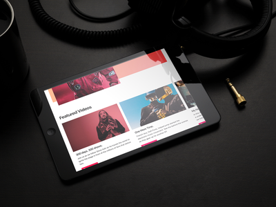 Music Screen parallax minimal app flat ipad photoshop mockup magazine youtube