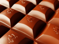 Handlettering branded chocolate