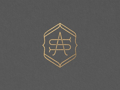 Crown Maple Applewood Smoked Icon  s a monogram