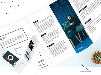 Onepoint compagny corporate blue mockup black editorial design print artistique direction
