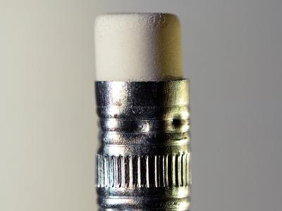 Gum nicolas delille el nikkor canon still life studio shoot pencil pen gum photography macrophotography macro