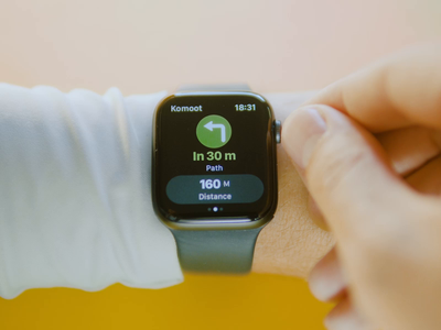 Komoot app for Apple Watch. Real product implementation activity workout dashboard ux ui analytics running x code xcode swift interaction stats navigation fitness smart watch watch os wearable product design komoot apple watch
