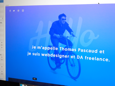 Folio 2017 bike sketch app sketch gradient folio website webdesigner portfolio