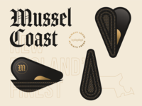 Mussel Coast 2/2 ocean seafood gold ui menu new england boston pattern dot texture sand monoline oyster clam shellfish fish mussels geometric illustration logo