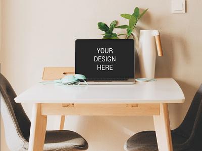 Freebie : Macbook On Table Mockup download psd free branding mockup desk on pro air macbook