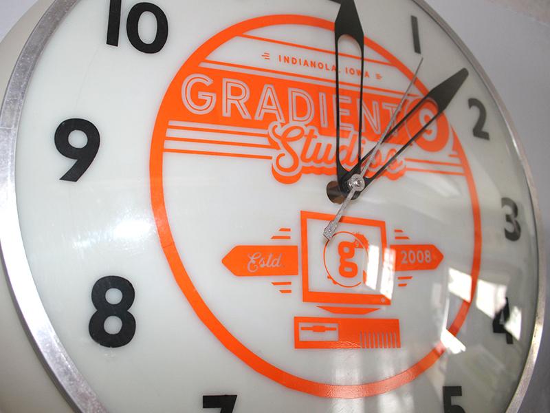 Old School G9 Clock Design iowa floppy disc vintage computer gradient g9 old school watch clock