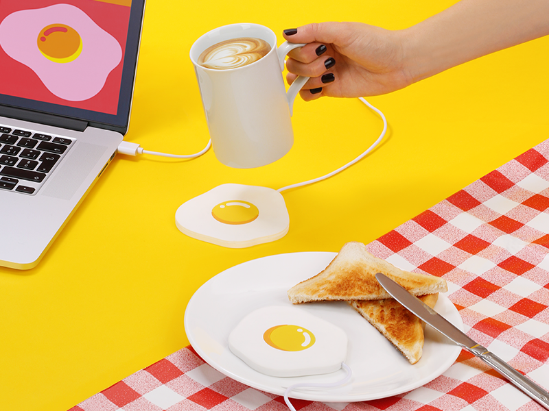EGGCITING cup warmer product design breakfast egg