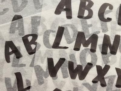 Handwritten glyph development for custom typeface