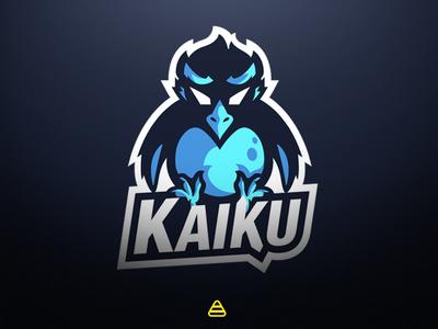 Penguin Logo Esports