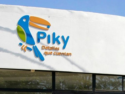 Piky Gift Shop building