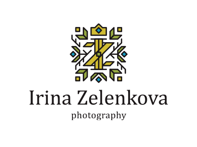 IZ Studio feminine photo leaf golden green plant monogram camera crown ornament logo flower