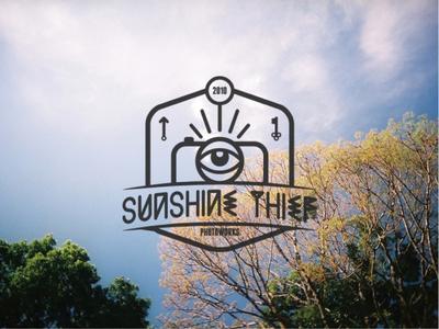 Sunshine Thief photography logo photography camera all seeing eye icon emblem psychadelic logo flat typography branding vector identity design