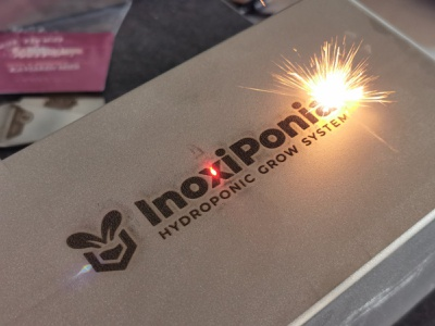Logo Inoxiponia - Hydroponic grow system - Lasered lasercut laster burning laser growing home grow hydroponic logo