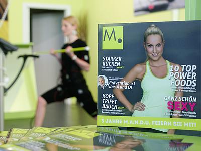 M.A.N.D.U. Magazin magazine art direction print design graphic green austria vienna graz fitness