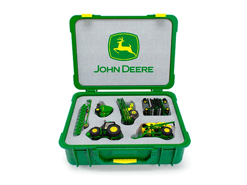 John Deere advertizing campaign john deere provincestudio farm kit