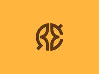 RÉ Logo Design