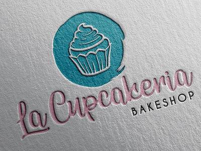 La Cupcakeria Rebrand cupcake logo illustrator logo design rebrand brando logo design