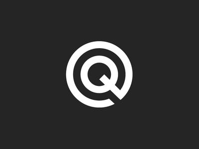 Q Logo monogram minimal modern musician branding identity logo q