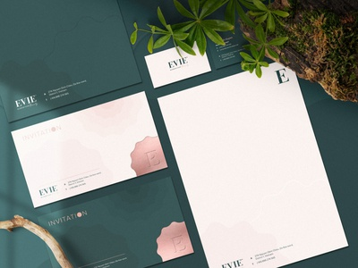 Evie Clinic & Spa Stationery aesthetic clinic spa brand identity stationery stationery design package design logo typography branding graphic design