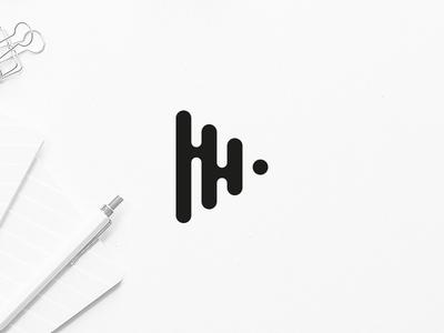 Liquiplay Logo