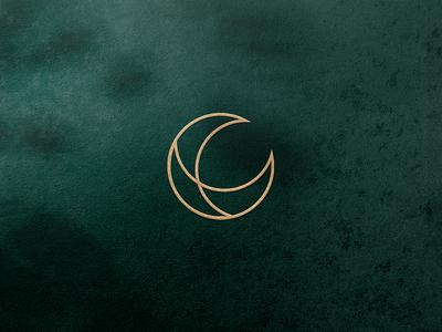 Lunaroo Moon Logomark